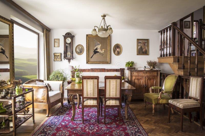 Interior italiano elegante fotografía de archivo libre de regalías