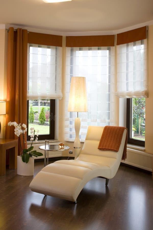 Interior lujoso de la sala de estar imagenes de archivo