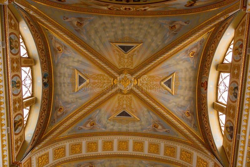Interior luxuoso de Odessa Cathedral imagem de stock