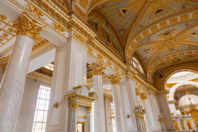 Interior luxuoso de Odessa Cathedral foto de stock royalty free