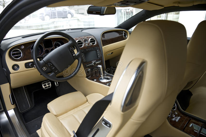 Interior luxuoso do carro foto de stock royalty free