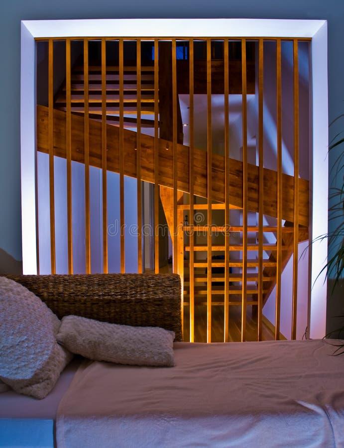 Interior moderno con las escaleras fotografía de archivo