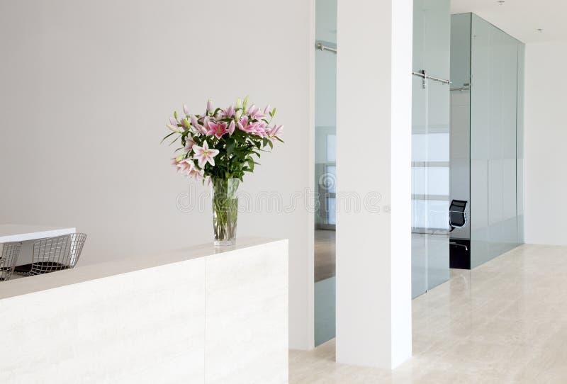 Interior moderno da companhia imagens de stock royalty free
