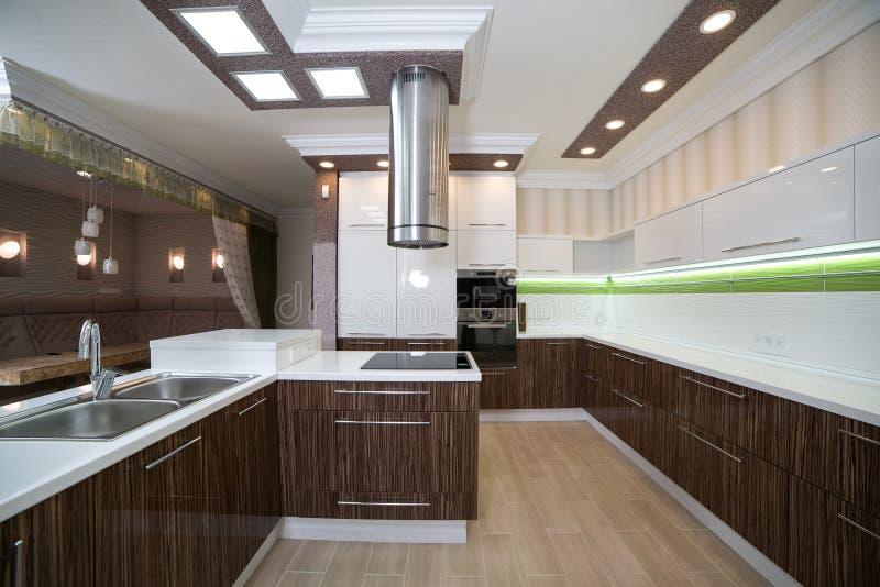 Interior moderno da cozinha foto de stock royalty free
