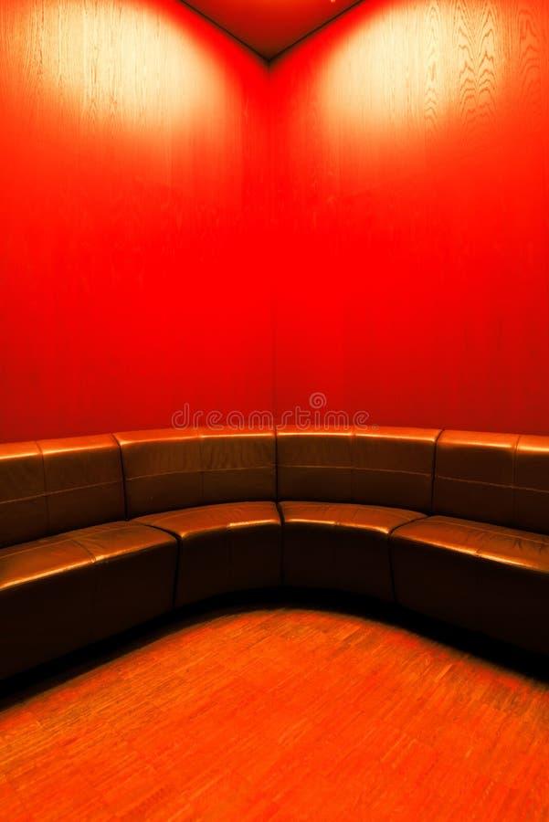 Interior moderno da sala de espera com lugares vazios fotografia de stock