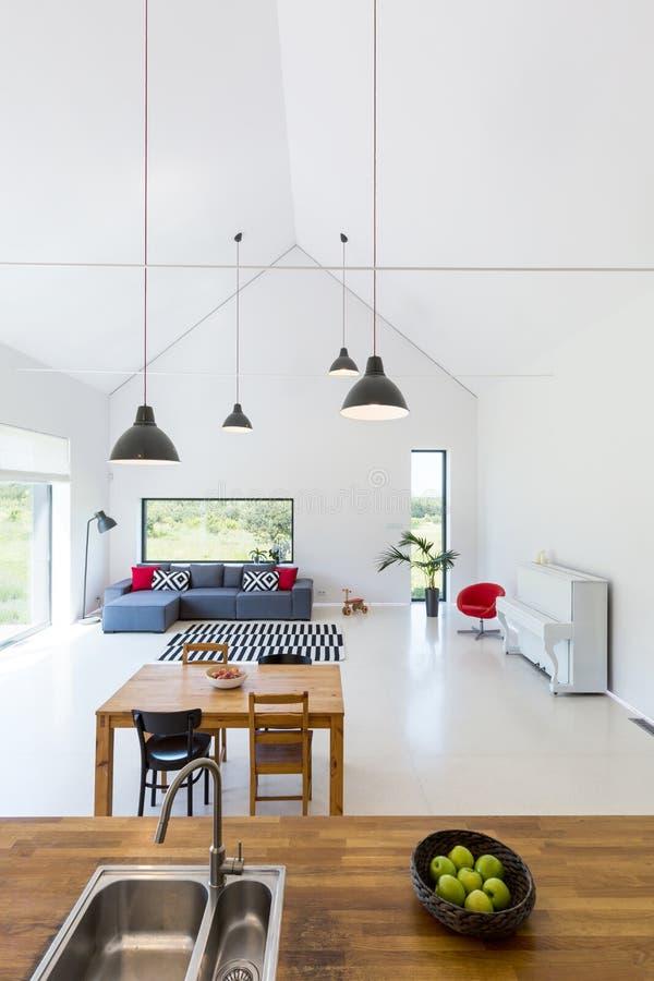 Interior moderno de casa destacada fotografia de stock