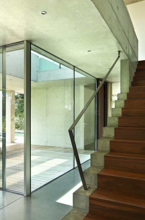 Interior moderno de la casa fotos de archivo