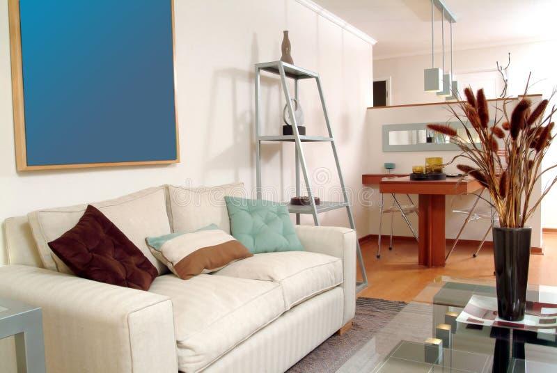 Interior moderno del apartamento foto de archivo