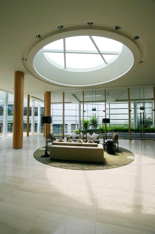 Interior moderno del centro turístico imágenes de archivo libres de regalías