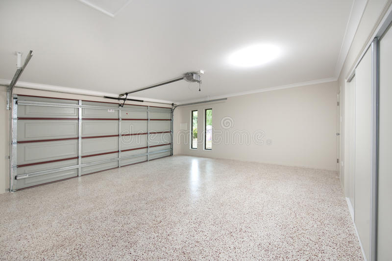 Interior moderno del garage fotografía de archivo