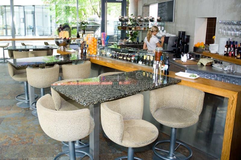 Interior moderno do restaurante foto de stock