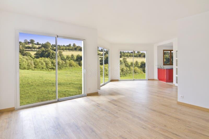 Interior moderno vacío de la casa fotografía de archivo libre de regalías