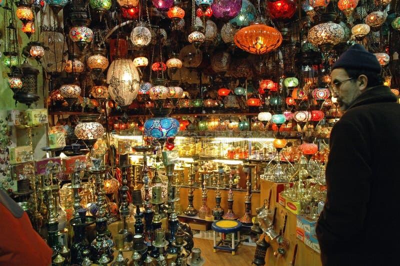 Interior no bazar grande, Istambul fotografia de stock