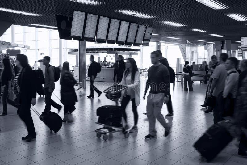 Interior ocupado del aeropuerto foto de archivo libre de regalías