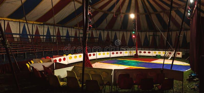 Interior pequeno do circo imagem de stock