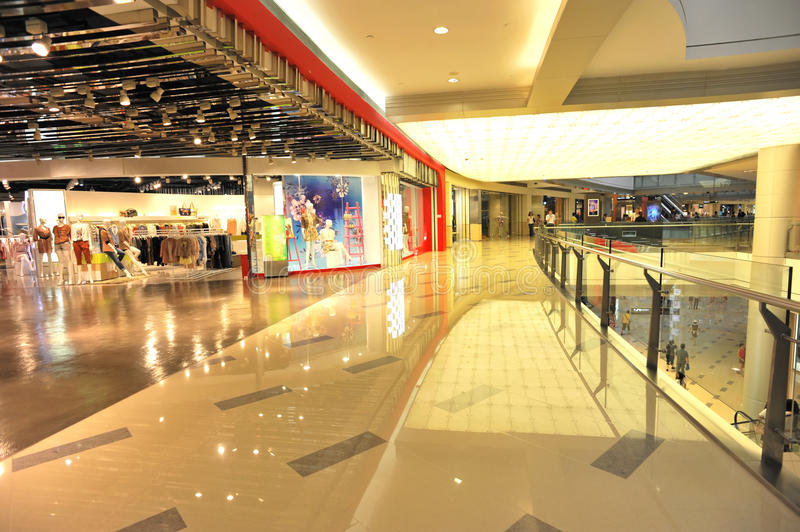 Download Interior Of Shopping Center Stock Image - Image: 20468277