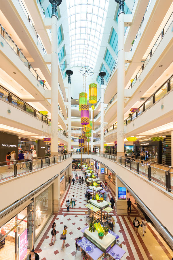 Top 5 Shopping Malls in Kuala Lumpur, Malaysia – Cheap Prices, Many Stores Kuala Lumpur (known throughout Asia as KL) is a popular destination for Asians who want to spend a few days shopping. The shopping malls in KL are excellent and some of KL's best shopping .