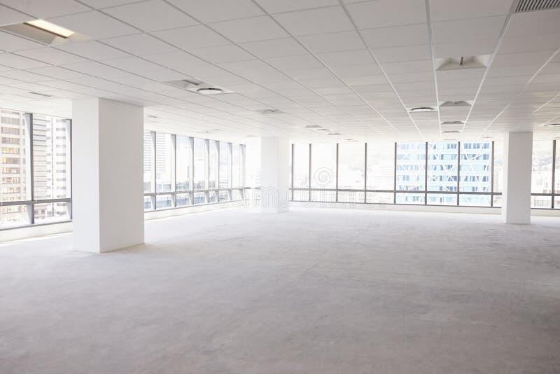 Interior vacío de la oficina corporativa moderna imágenes de archivo libres de regalías