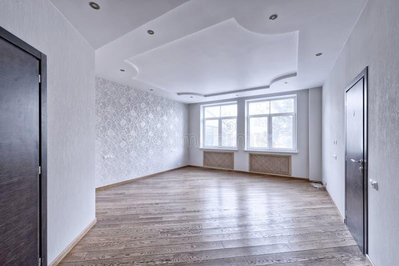 interior vacío en casa moderna fotos de archivo