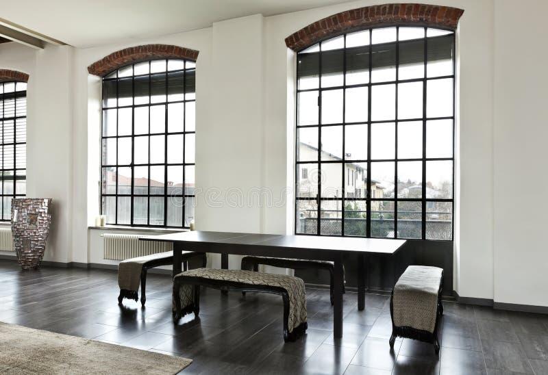 Interior, vista da tabela de jantar imagens de stock