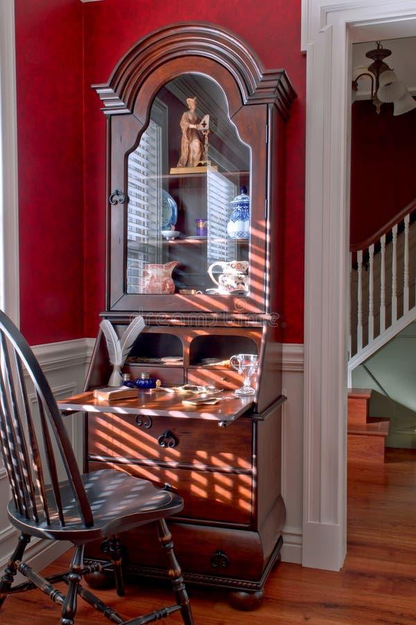 Interiore americano coloniale della Camera di stile fotografia stock libera da diritti