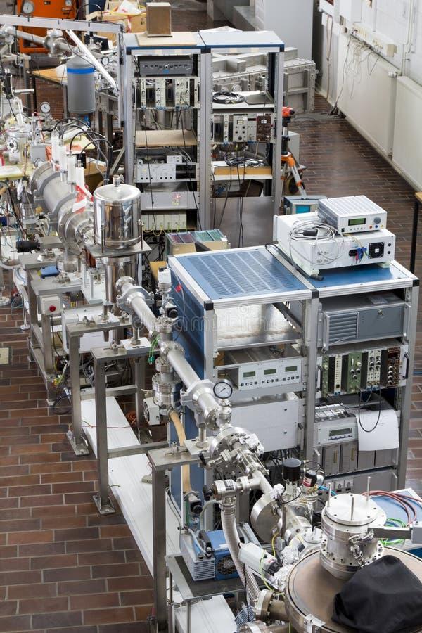 Interiore del laboratorio nucleare fotografia stock libera da diritti