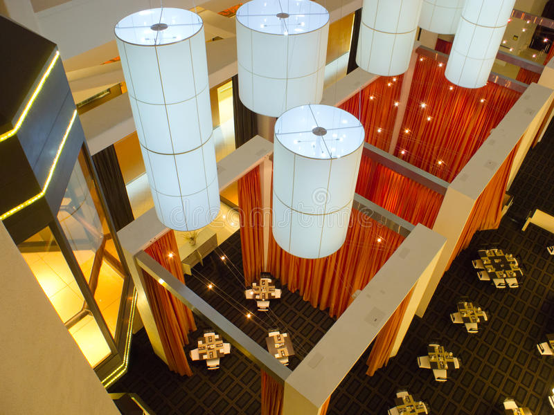 Interiore del ristorante dell'hotel da sopra fotografia stock libera da diritti