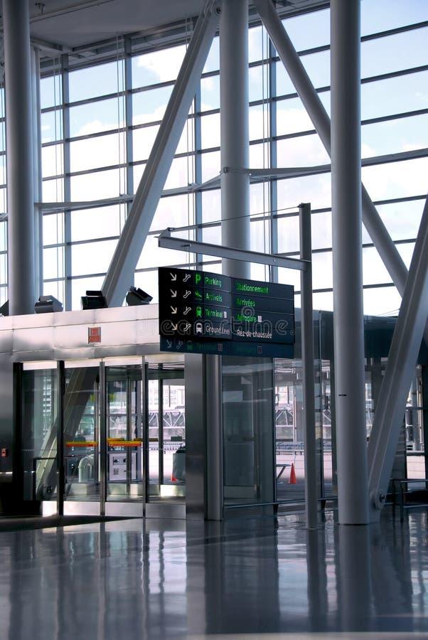 Interiore dell'aeroporto immagine stock