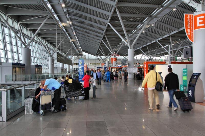 Interiore dell'aeroporto di Varsavia immagini stock libere da diritti