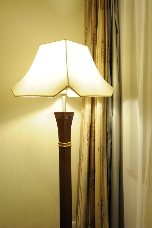 Interiore della camera da letto dell'hotel immagine stock libera da diritti
