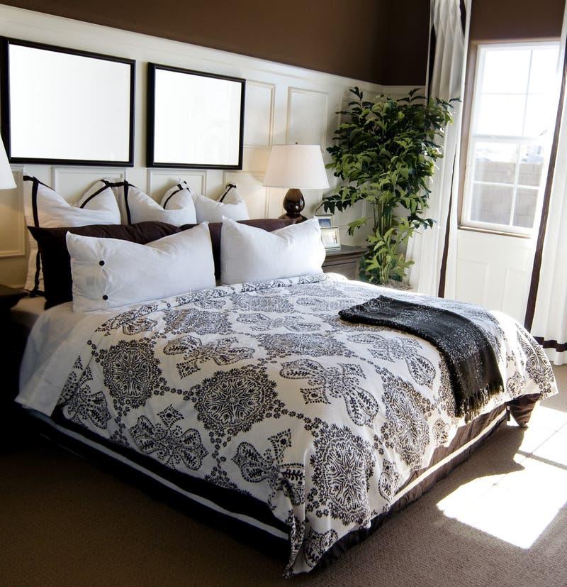 Interiore della camera da letto della vetrina immagine stock