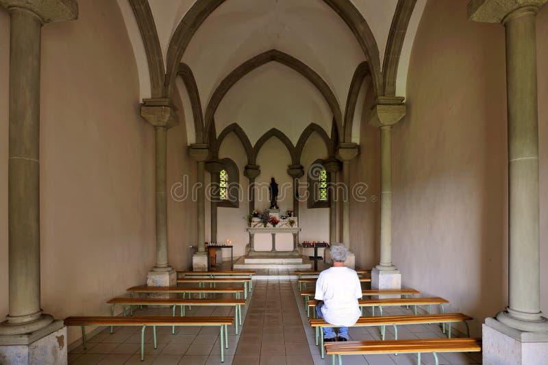 Interiore della cappella fotografie stock libere da diritti