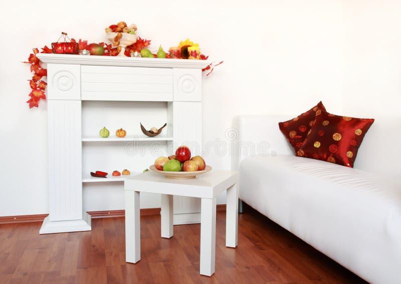 Interiore della casa nel bianco immagini stock libere da diritti