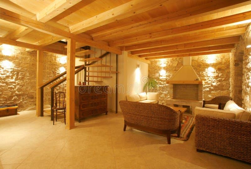 Interiore di pietra di lusso della villa fotografie stock libere da diritti