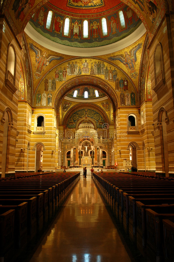 Interiore di St. Louis Cathed fotografie stock