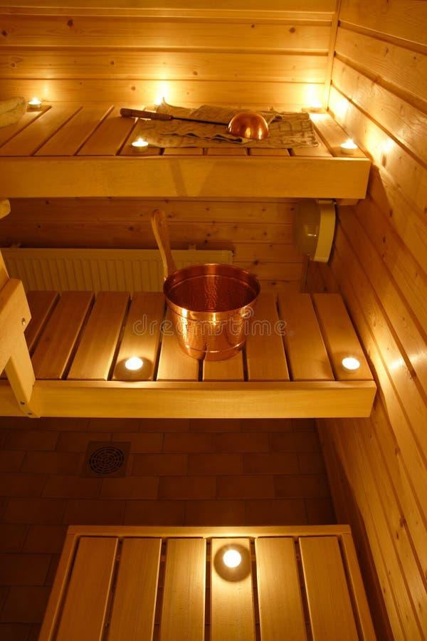 Interiore di una sauna finlandese fotografia stock