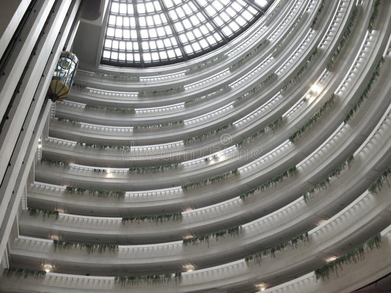 Interiore moderno con l'elevatore immagine stock libera da diritti