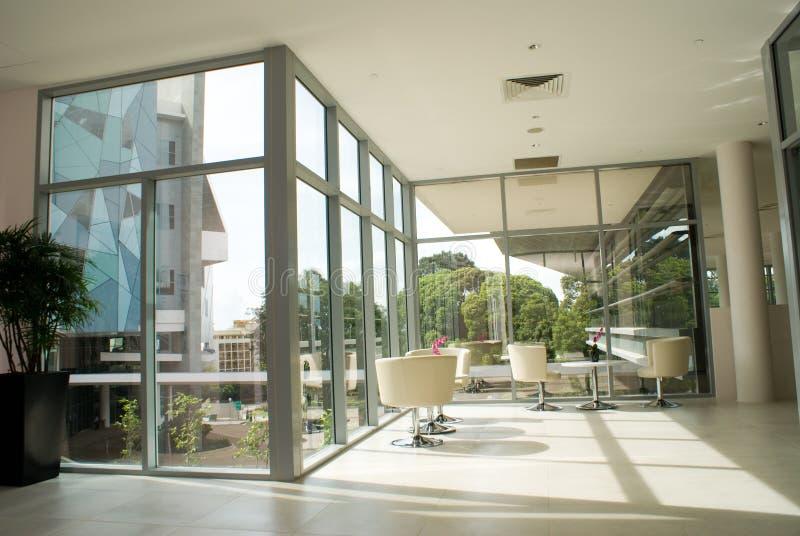 Interiore moderno della costruzione fotografia stock