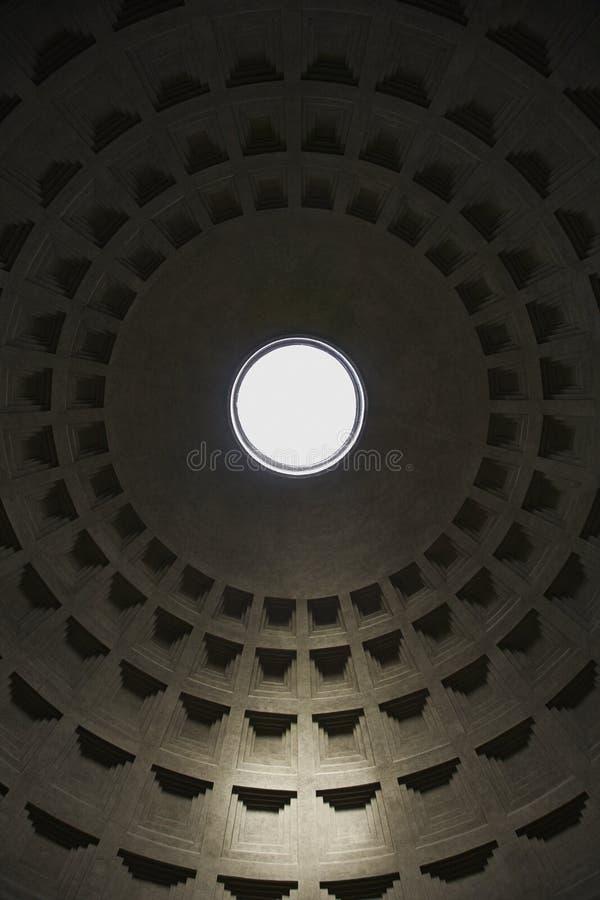 Interiore nel panteon, Roma, Italia. immagini stock libere da diritti