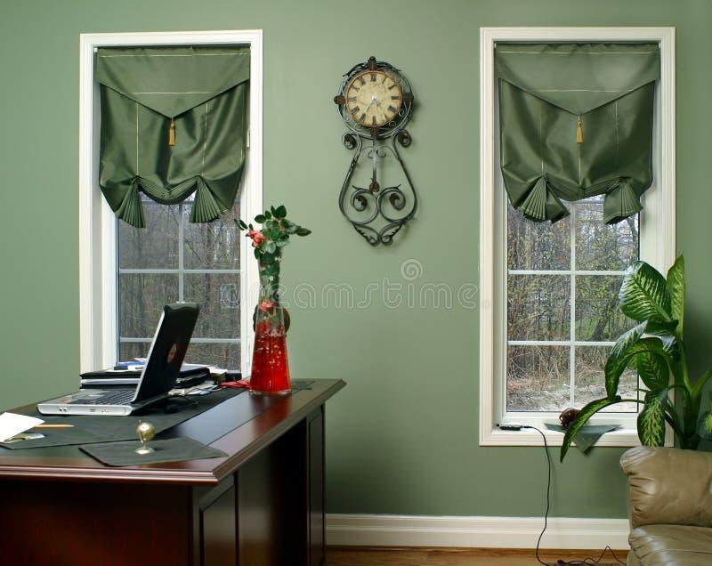 Download Interiore nel verde fotografia stock. Immagine di artistico - 3875690