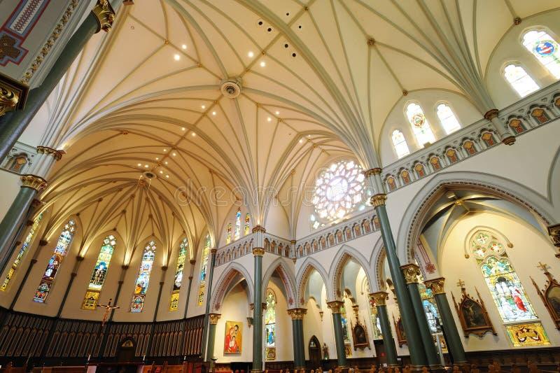 Interiores da igreja fotografia de stock royalty free