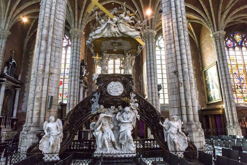 Interiores de la catedral de Bavon del santo, Gante, Bélgica fotografía de archivo libre de regalías