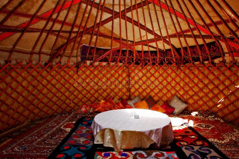 Interiores de Yurt imagem de stock royalty free