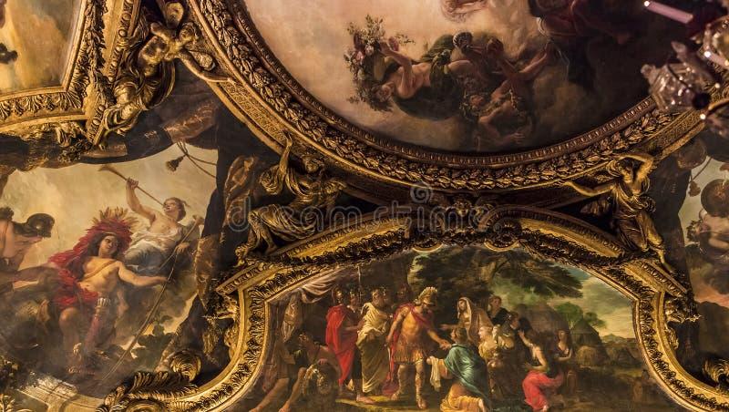 Interiores e detalhes do castelo de Versalhes, França imagem de stock