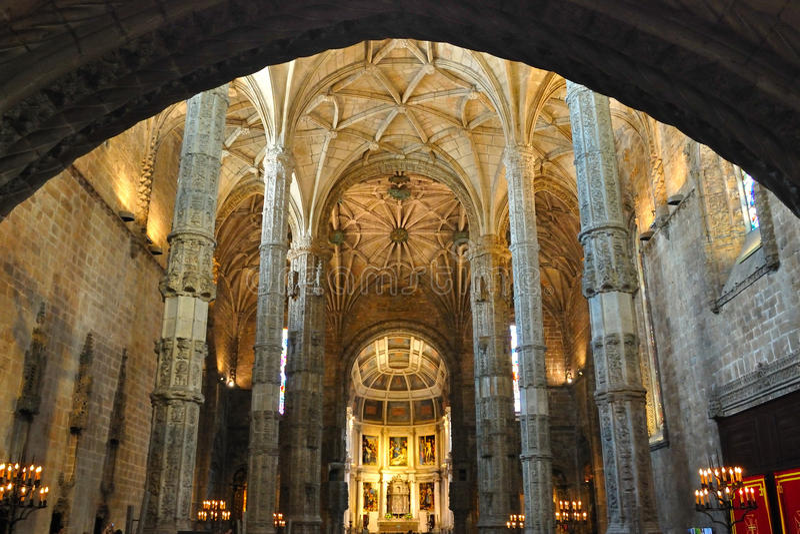 Interiori del monastero di Jeronimos, Lisbona immagine stock libera da diritti