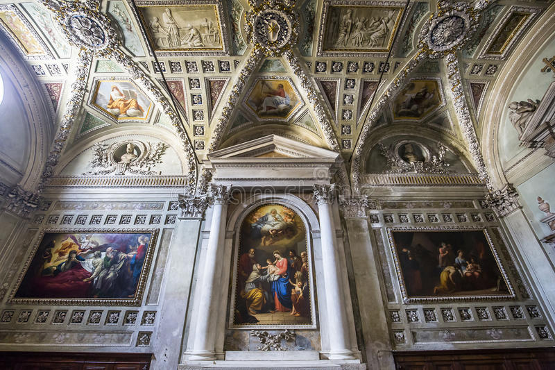 Interiors San Frediano basilica, Lucca, Italy. LUCCA, ITALY, JUNE 04, 2016 : interiors and architectural details of san Frediano basilica, june 04, 2016 in Lucca stock photos