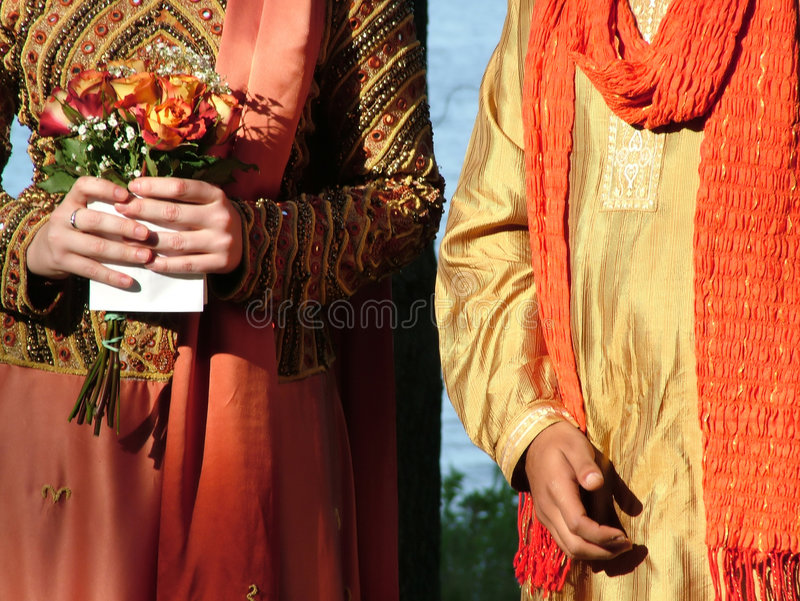 Interkulturelle Hochzeit lizenzfreie stockfotografie