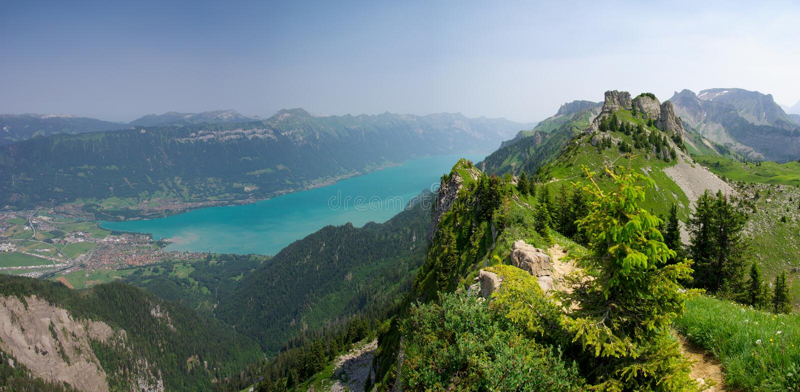 Interlaken и озеро Brienz стоковые фото