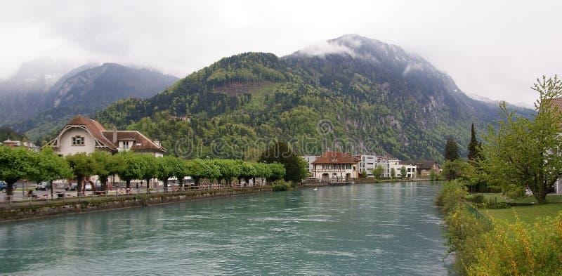 interlaken widok rzeczny mały Switzerland zdjęcie royalty free
