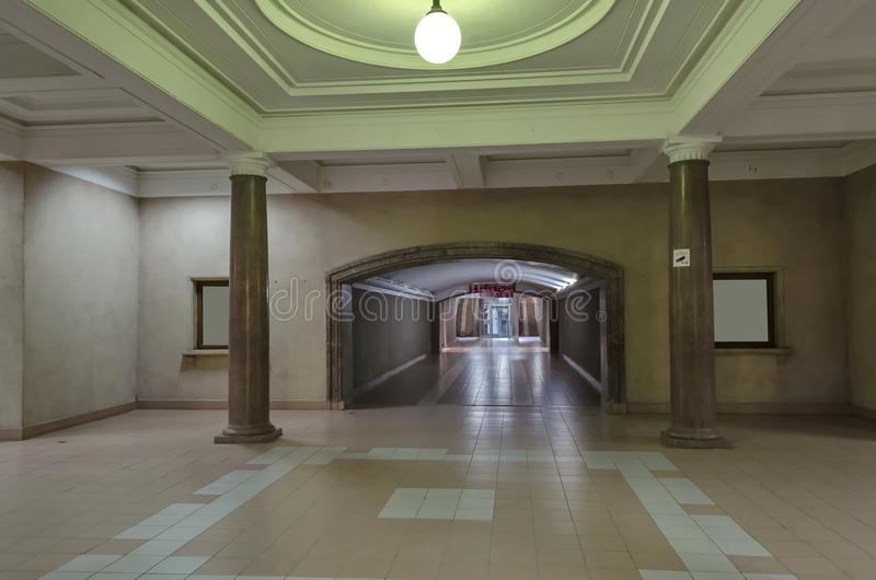 Intermediate hall in railway station Ruse royalty free stock photos